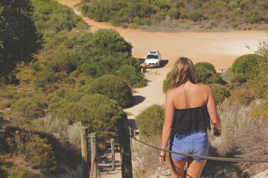 Travel Tips : GoingSolo